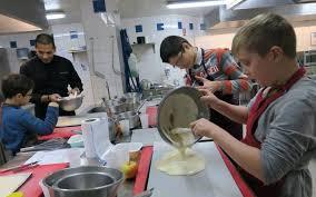 cours de cuisine meaux meaux 77 cuisiner comme des grands avec le chef erik ils