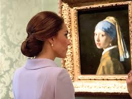 painting the girl with the pearl earring kate middleton views girl with a pearl earring at museum