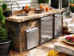 Design And Decor Ideas U0026 Features Of Outdoor Kitchens Pickndecor Com