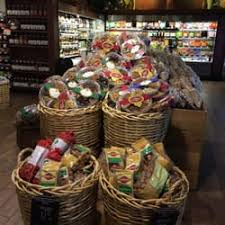 fresh market gift baskets the fresh market 33 photos 77 reviews grocery 664 new