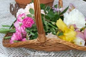 Spring Flower Arrangements Charming Spring Flower Arrangements