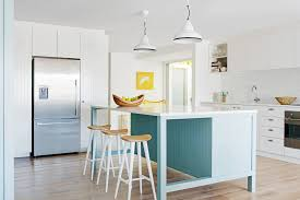 simple and affordable beach kitchen decor ideas 2 arts décor
