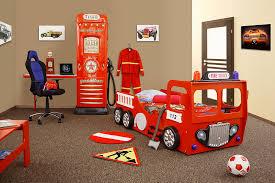 chambre garcon pompier déco chambre sam le pompier