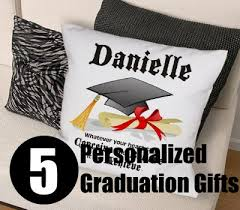 personalized graduation gifts five personalized graduation gifts how to choose graduation