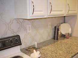 kitchen backsplash paint ideas for the kitchen backsplash use a stencil and paint in with an ivory