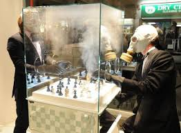 luxury chess set chemical emitting board games luxury chess set
