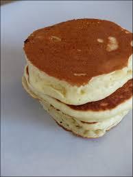 recette pancakes hervé cuisine les pancakes parfaits épais moelleux et rapides à préparer