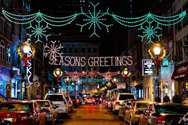 roundup 11 must see holiday light displays and attractions in