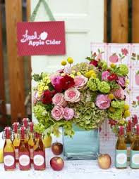 Apple Centerpiece Ideas by Fall Wedding Centerpieces With Books Apples And Mason Jars