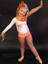 bad idea mother dresses 4 year old daughter as hooters waitress