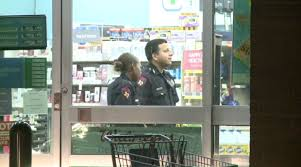 Walgreens Pharmacy Manager Salary Walgreens Customers Held At Gunpoint During Armed Robbery In