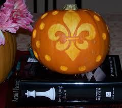 tiki pumpkin carving ideas fleur de lis pumpkin carving youtube