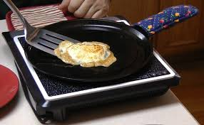 how to cook eggs in cast iron pans on an induction cooktop youtube