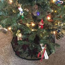Flannel Tree Skirt How To Make A Tree Skirt 8 Steps With Pictures