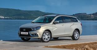 lada russian car maker rolls out two sweet new lada vesta station wagon