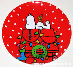 snoopy doghouse christmas decoration peanuts plates collectpeanuts