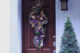 mardi gras door decorations mardi gras decorations that will make you look festive