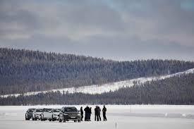 lexus es in snow volvo winter test drive in sweden smf