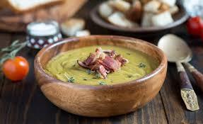 cuisiner les lentilles vertes recette de soupe de lentilles vertes par alain ducasse