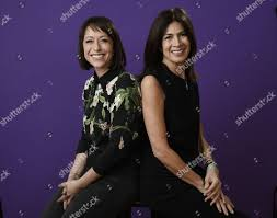 trading spaces tlc tlc trading spaces portrait session tca winter stock photos