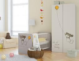 chambre a coucher bébé armoire avec décoration pour chambre enfant modulable meubles