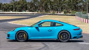 porsche 911 carrera gts 2017 porsche 911 carrera gts first drive falling for the middle child