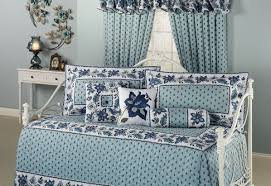 Daybed Covers And Pillows Daybed Elegant Daybed Covers With Elegant Marburn Curtain And