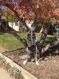 mountains u0026 mode diy halloween skeleton