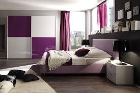 wohnzimmer deko lila haus design ideen