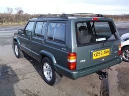 green jeep cherokee for sale jeep cherokee 4 0 classic automatic 4x4 a c petrol