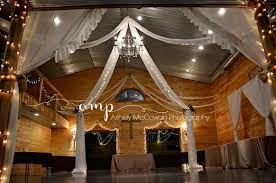 Springfield Barn Timber Line Barn Venue Buffalo Mo Weddingwire