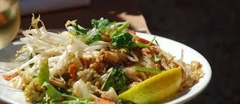 recette cuisine thailandaise traditionnelle recettes de pad thaï idées de recettes à base de pad thaï