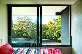 desain jendela kaca minimalis 65 desain jendela rumah minimalis yang unik dan cantik