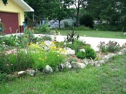 Garden Lawn Edging Ideas River Rock Landscape Edging River Rock Garden Edging Ideas