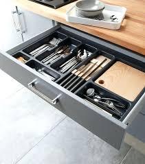 rangement tiroir cuisine range tiroir cuisine les larges tiroirs sont un racgal en photo