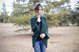 Cocoon Sweater Cardigan Ravelry Cocoon Sweater Shrug Pattern By Kelly Brooks
