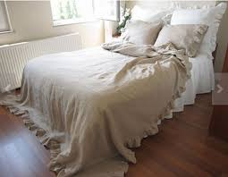Shabby Chic Bed Skirts by Best 25 Sheets U0026 Bed Skirts Ideas Only On Pinterest Bed Skirts