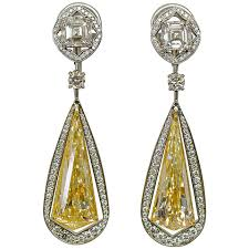 gold drop earrings unique 10 49 carats fancy yellow diamond gold drop earrings for