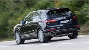 porsche cayenne deisel porsche cayenne diesel s facelift 2014 review by car magazine
