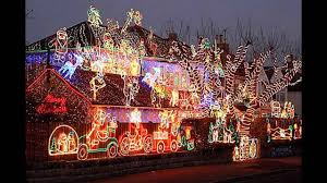 outside home christmas decorating ideas cool outside christmas decorating ideas youtube