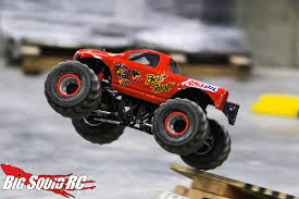 monster truck rc racing everybody u0027s scalin u0027 u2013 the wheels in the sky keep turnin u0027 big