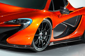 future bugatti future car race between the new mclaren p1 and bugatti super sport
