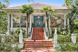 House With Inlaw Suite For Sale Giant Broadmoor Center Hall With Pool House Asks 739k Curbed