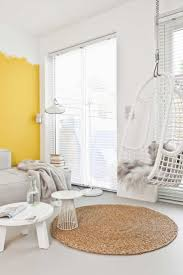 Bedroom With Bright Yellow Walls 135 Best Geel Images On Pinterest Yellow Yellow Walls And Painting