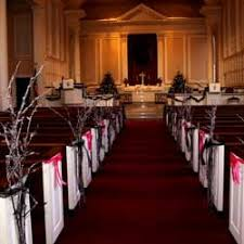 pew decorations for weddings 10 stylish winter wedding pew decoration ideas wedding web corner