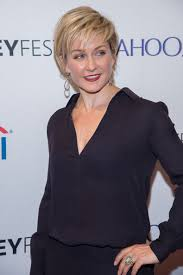 amy carlson hairstyles on blue bloods amy carlson photos photos 2nd annual paleyfest new york presents