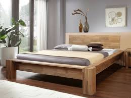 lit haut de gamme bois massif