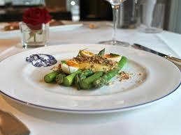 cuisine simplifi馥 room service hotel café royal