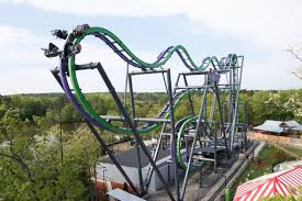 Six Flags Great Adventure Reviews Twisted Mayhem Of The Joker Unleashed At Six Flags Great Adventure