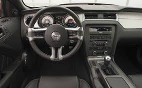2010 mustang gt automatic transmission 2009 ford mustang vs 2010 ford mustang features motor trend